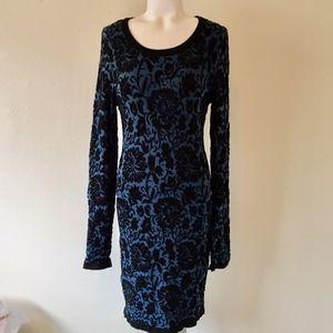 FOREVER 21 Blue & Black Long Sleeve Floral Dress